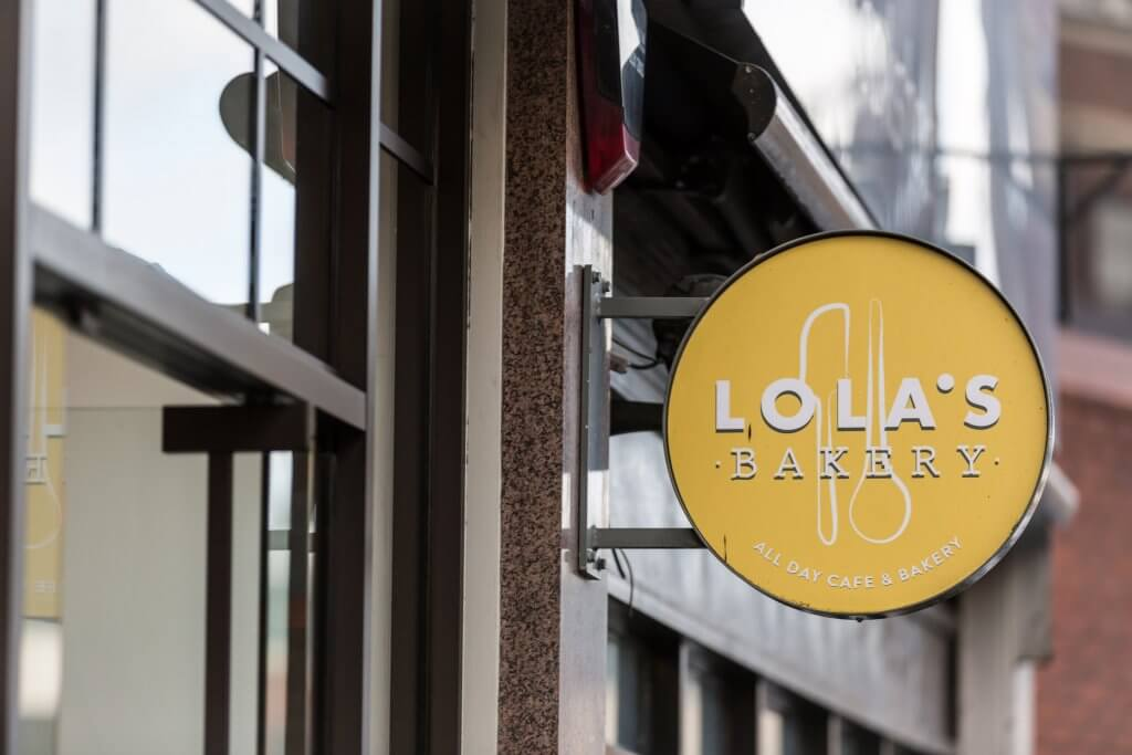 Lolas 's Bakery